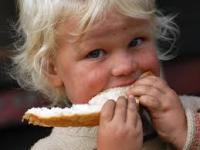 Csak kibírni hó végéig... - Somogyban tizenötezer gyermek éhezhet